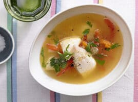 receta de caldo de pescado con tilapia
