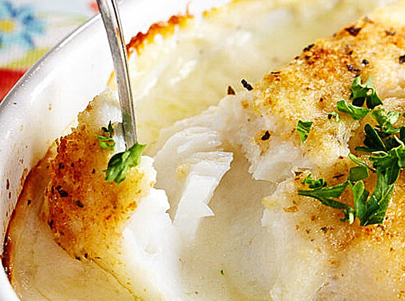 Receta de pescado al horno con papa y cebolla con crema