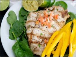 Filete de pescado mero a la mantequilla y limóna la plancha