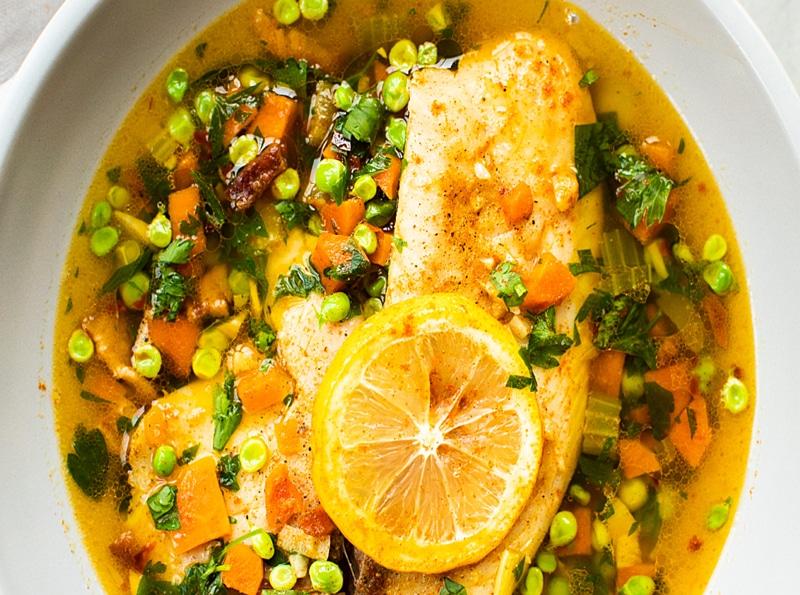 receta-de-caldo-de-pescado-tilapia-con-ajo