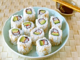 receta-sushi-roll-california